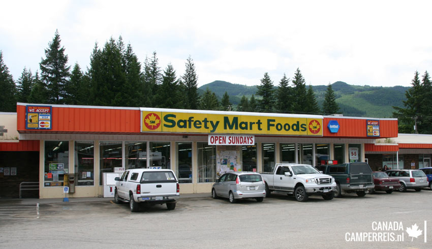 Safety Mart Foods in Clearwater Canada