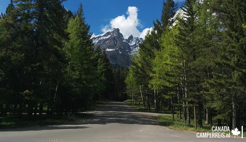 Tunnel Mountain Trailer Cour-Campground