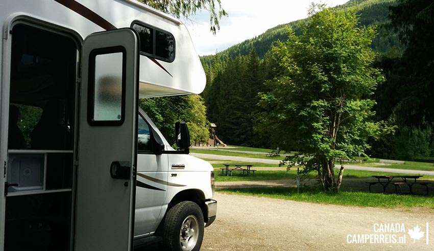 Williamson's Lake Campground - Revelstoke